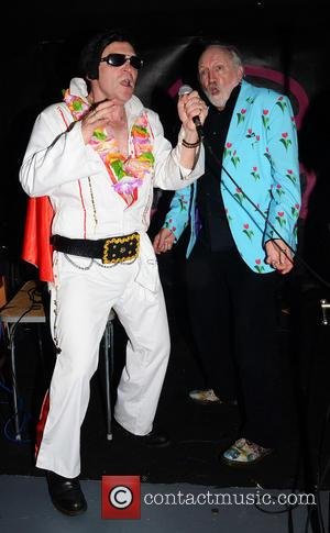 Robert Rankin and THE KING ELVISES - Alice Aid The Alice on Mars Fundraiser at the Pipeline Bar to raise...