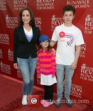 Lily Tartikoff, Aubrey Anderson-emmons and Nolan Gould