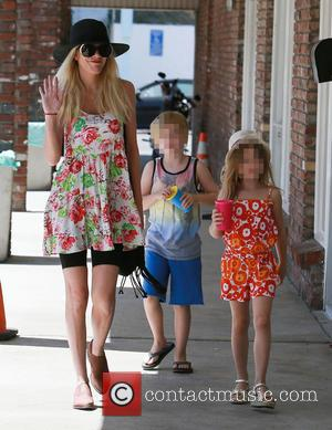 Tori Spelling, Liam Mcdermott and Stella Mcdermott