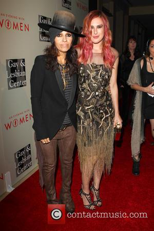 Linda Perry and Rumer Willis - The L.A. Gay & Lesbian Center's Annual