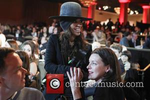 Linda Perry and Milla Jovovich - The L.A. Gay & Lesbian Center's Annual