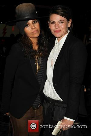 Linda Perry and Clea DuVall - The L.A. Gay & Lesbian Center's Annual