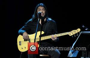 Robert Trujillo - 2014 MusiCares MAP Fund Benefit Concert - Arrivals - Los Angeles, California, United States - Monday 12th...