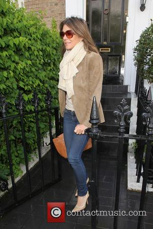 Elizabeth Hurley - Liz Hurley leaves her house for an overseas trip - London, United Kingdom - Tuesday 13th May...