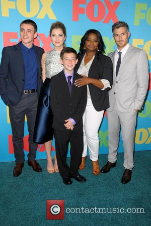 Charlie Rowe, Zoe Levin, Octavia Spencer, Dave Annable and Griffin Gluck