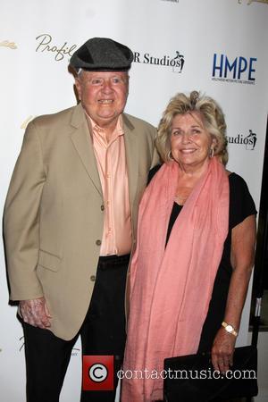 Dick Van Patten's Onscreen Wife Writes Moving Tribute