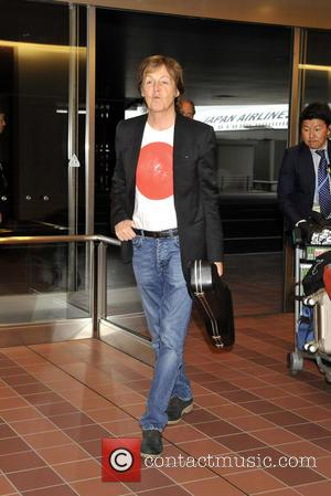 Paul Mccartney, Post Viral Infection, Proves He's Fighting Fit In New York