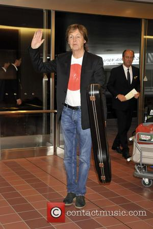 Paul McCartney - Paul McCartney arrives at Narita International Airport in Tokyo - Tokyo, Tokyo, Japan - Thursday 15th May...