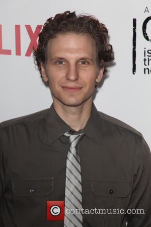 House Of Cards' Sebastian Arcelus To Be A Dad