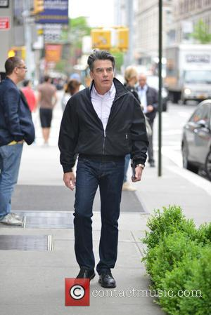 Peter Gallagher - New York city candids - Manhattan, New York, United States - Saturday 17th May 2014