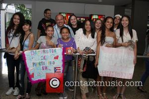 Fifth Harmony - Fans wait with banners as Fifth Harmony arrive for their first ever concert in Puerto Rico -...