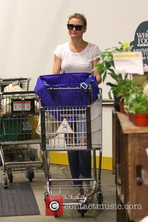 Cameron Diaz - Cameron Diaz goes shopping at Whole Foods Market in Beverly Hills - Los Angeles, California, United States...