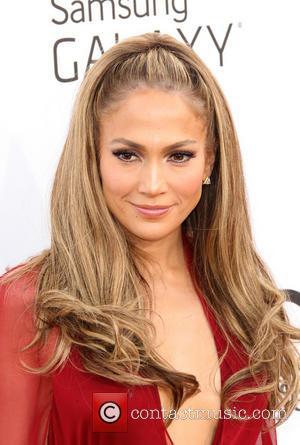 Jennifer Lopez - 2014 Billboard Awards Red Carpet