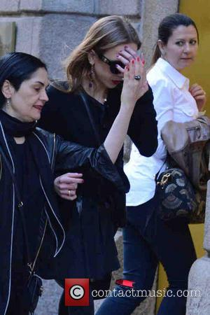 Allegra Versace goes shopping with a friend at Louis Vuitton in Milan - Allegra Versace goes shopping with a friend...