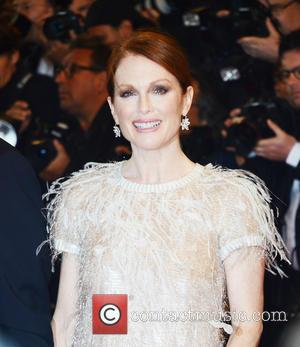 Julianne Moore Still Reeling From Philip Seymour Hoffman's Death