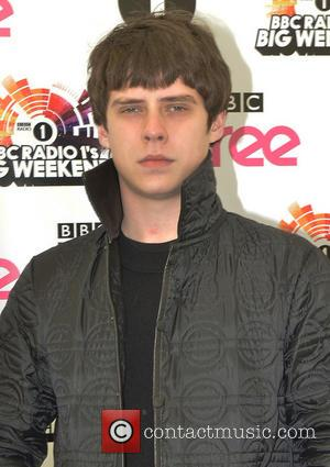 Jake bugg - Radio 1's Big Weekend Glasgow - Arrivals - Day 1 - Glasgow, United Kingdom - Saturday 24th...