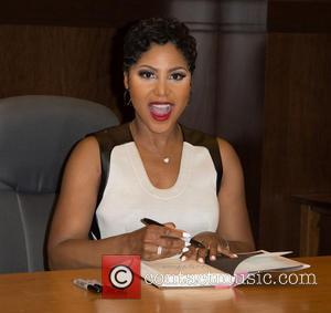 Toni Braxton - Recording artist Toni Braxton signs copies of her book 'Unbreak My Heart: A Memoir' at Barnes &...