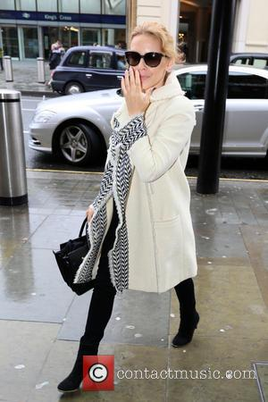 Kylie Minogue - Kylie Minogue arrives at King's Cross St. Pancras station for the Eurostar to Paris on her 46th...