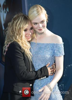 Juno Temple and Elle Fanning