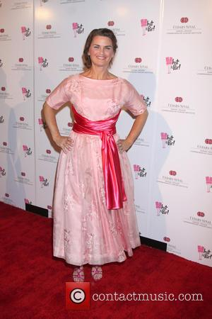 Mary Birdsong - What A Pair! 10th anniversary benefit concert at the Saban Theatre - Arrivals - Los Angeles, California,...