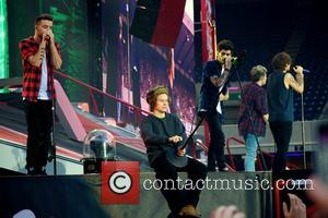 Niall Horan, Zayn Malik, Liam Payne, Harry Styles, Louis Tomlinson and One Direction