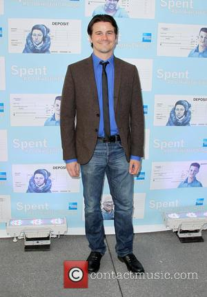 Jason Ritter - Los Angeles premiere of 'Spent: Looking for Change' - Arrivals - Los Angeles, California, United States -...