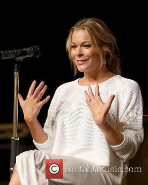 LeAnn Rimes - 2014 CMA Music Festival CMA Close Up Stage Artist of the Day With LeAnn Rimes - Nashville,...