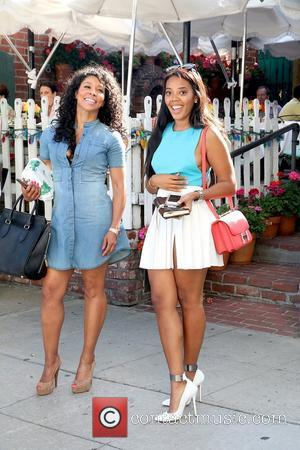 Angela Simmons - Angela Simmons at The Ivy on Robertson Boulevard - West Hollywood, California, United States - Thursday 5th...