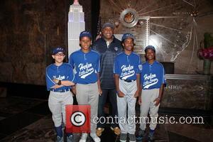 Bernie Williams and Harlem Little Leaguers