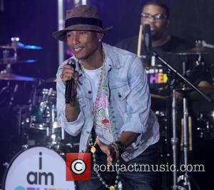 "Pharrell Issues Feminist Speech At London Gig: ""This Is The Year Everything Changes"""