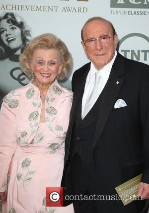 Barbara Davis and Clive Davis - American Film Institute's (AFI) 42nd Annual Life Achievement Award honoring Jane Fonda at The...