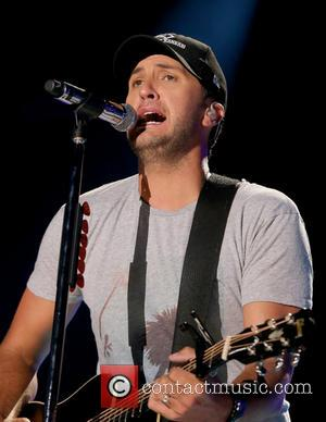 Mayor Urges Tour Promoter To Cover Clean-up Costs Following Luke Bryan Concert