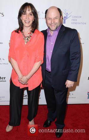 Gina Hecht and Jason Alexander