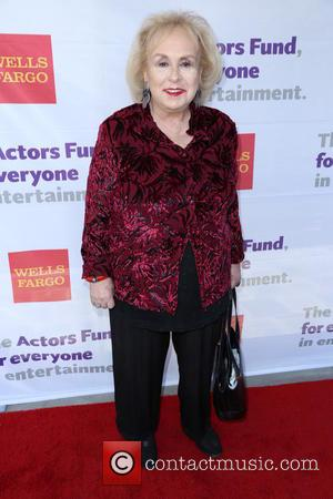 Doris Roberts - Actors Fund's 18th annual Tony Awards Party at the Skirball Center - Red Carpet Arrivals - Los...