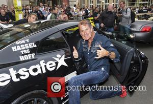 David Hasselhoff Will Hide Behind His Own Mask At Rally Climax