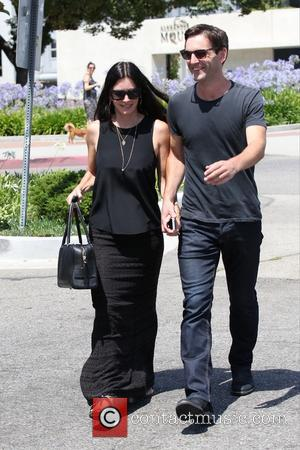 Courteney Cox and Johnny McDaid - Courteney Cox and boyfriend Johnny McDaid shopping at Marc Jacobs on Melrose Place -...