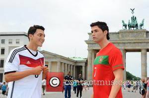 Mesut Oezil and Cristiano Ronaldo - Germany's Madame Tussauds is heading for an early start of the 2014 World Cup...