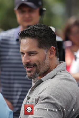 Joe Manganiello - True Blood actors appear on Extra TV show at Universal - Los Angeles, California, United States -...
