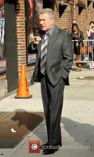 Regis Philbin - Celebrities outside the Ed Sullivan Theater for their taping on the Late Show with David Letterman -...