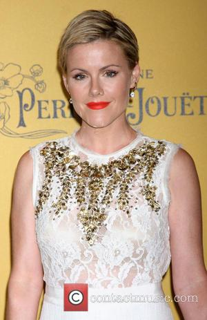 Kathleen Robertson - Women In Film 2014 Crystal + Lucy Awards held at Century Plaza Hotel - Arrivals - Century...