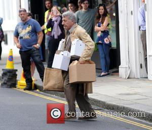 Dustin Hoffman - Dustin Hoffman is pictured filming his new movie an adaptation of Roald Dahls book Esio Trot in...