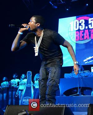 Despite Stabbing At Meek Mill's BET Pre-Party, Award Show Proceeds As Normal