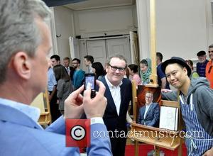 Frank Skinner, Colm Meaney and Artist Mark Heng