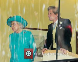 Hrh Queen Elizabeth 2 and John Warren