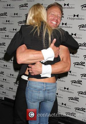 Tara Reid and Ian Ziering - Tara Reid stops by to see 'Sharknado' co-star Ian Ziering as celebrity guest host...
