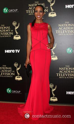 Shaun Robinson - Daytime Emmy Awards 2014 held at The Beverly Hilton Hotel - Arrivals - Beverly Hills, California, United...
