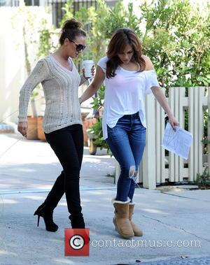Jennifer Lopez and Leah Remini