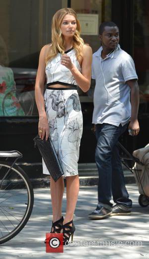 Jessica Hart - Model Jessica Hart shooting in Soho - Manhattan, New York, United States - Tuesday 24th June 2014