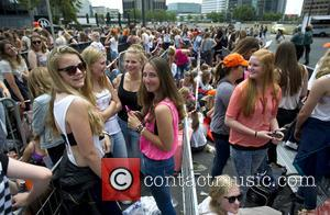 Fans, One Direction and Amsterdam ArenA