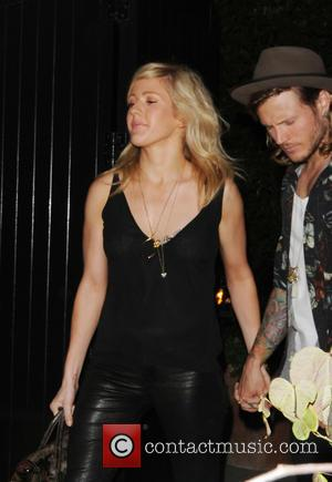 Ellie Goulding Struggling With Long-distance Romance